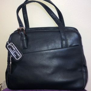 Aurielle Black genuine leather with man-made trim